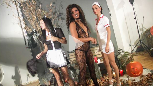 halloween-lane-sisters-amy-lee