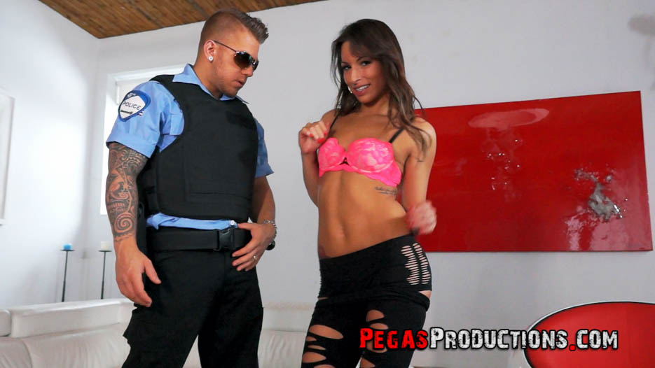 photo_fantasme-policier-cassie-roze-mam-04